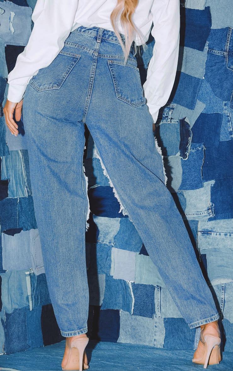 PRETTYLITTLETHING - Jean bleu moyennement délavé ouvert aux cuisses  4