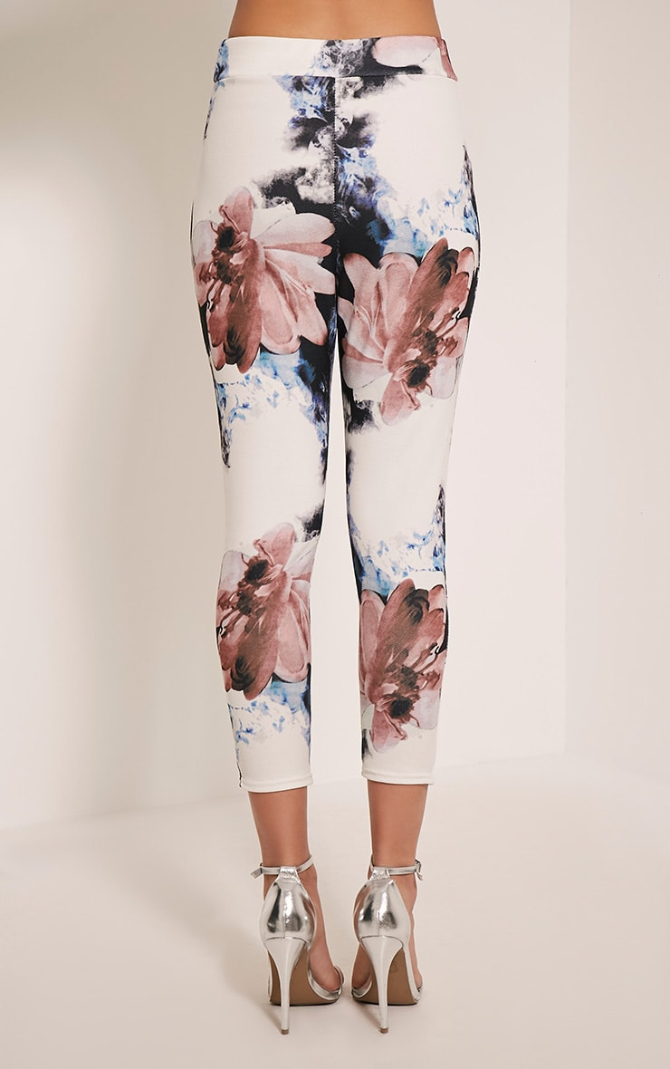 Natillia Navy Floral Cropped Trousers 5