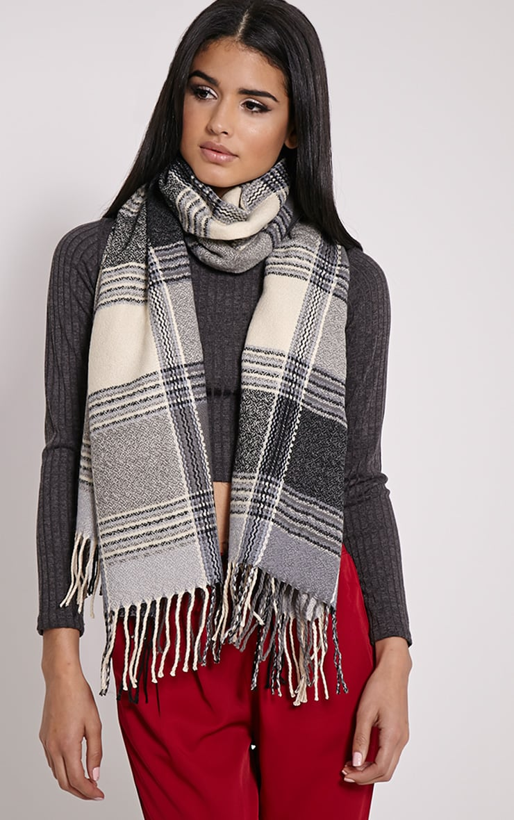 Shira Monochrome Oversized Check Scarf 1