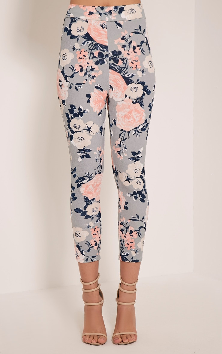 Natillia Dusty Blue Floral Cropped Trousers 2
