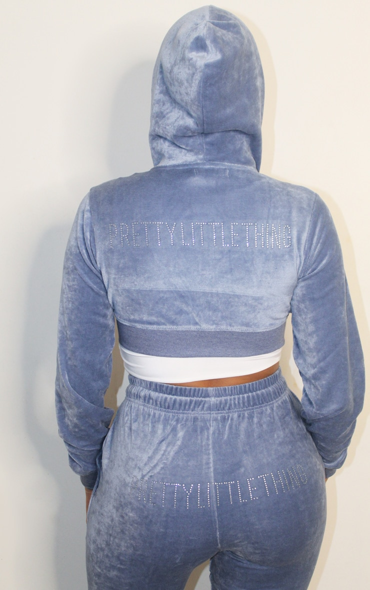 PRETTYLITTLETHING Shape Dusty Blue Velour Extreme Crop Sweater 2