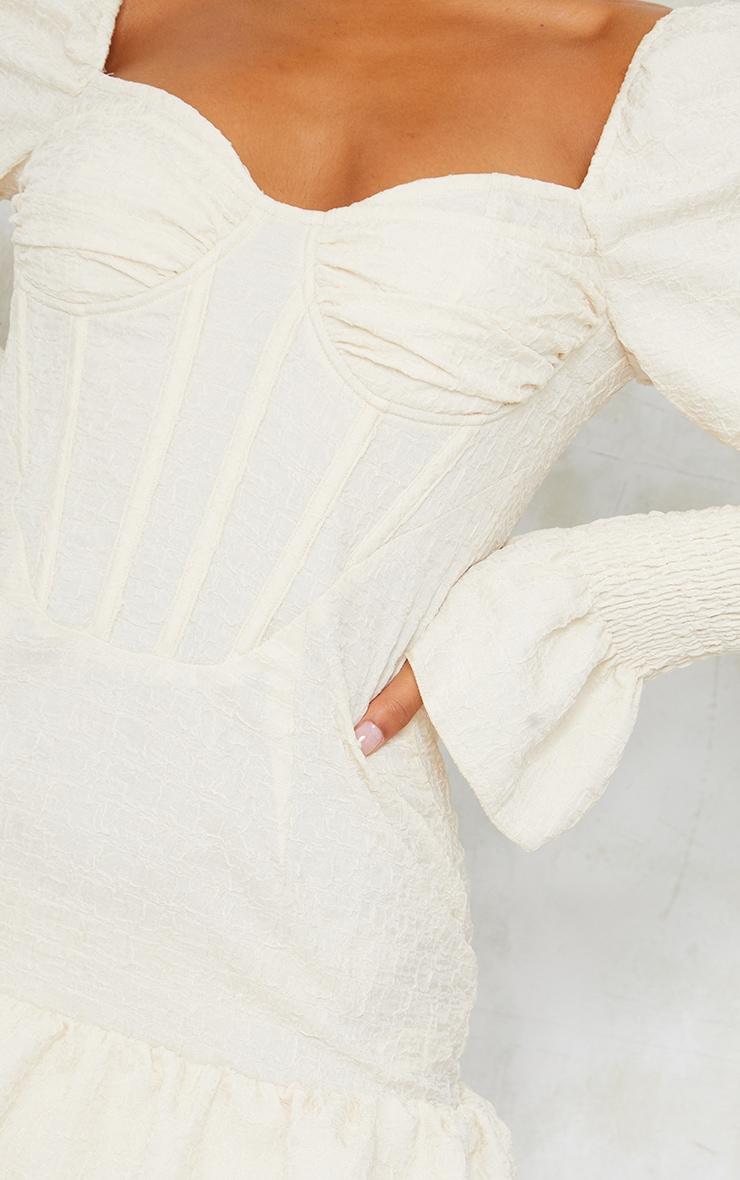Robe moulante crêpée champagne à manches froncées et taille corset 4