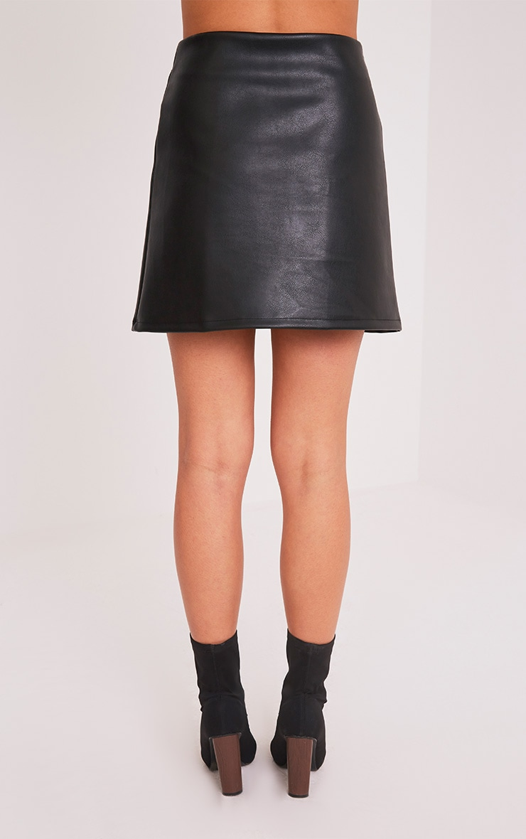 Toriana minijupe noire imitation cuir boutons à pression 5