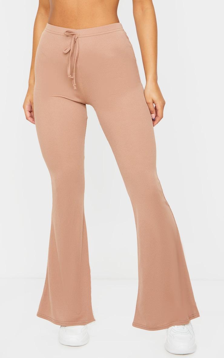 Pantalon flare côtelé camel à détail noué 2