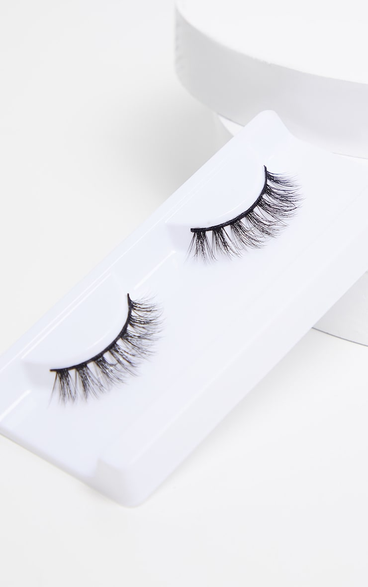 Peaches & Cream NO 28 False Eyelashes 2