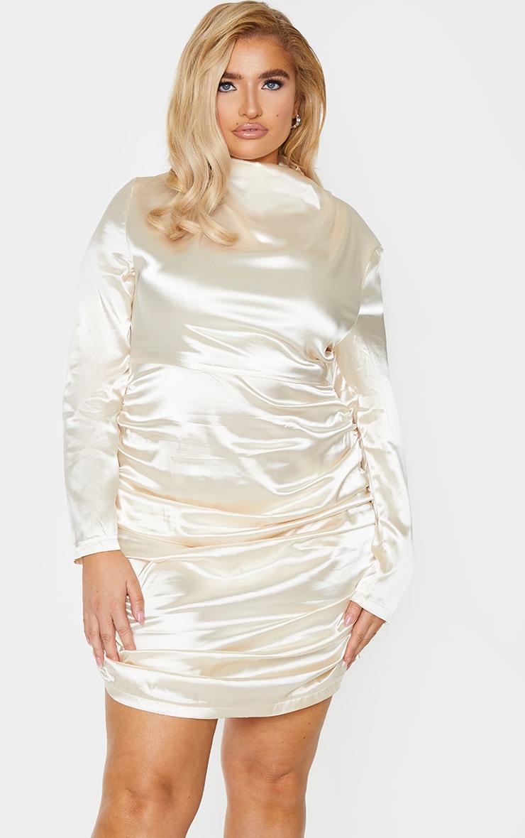 PLT Plus - Robe moulante champagne satinée à col montant et jupe froncée 1