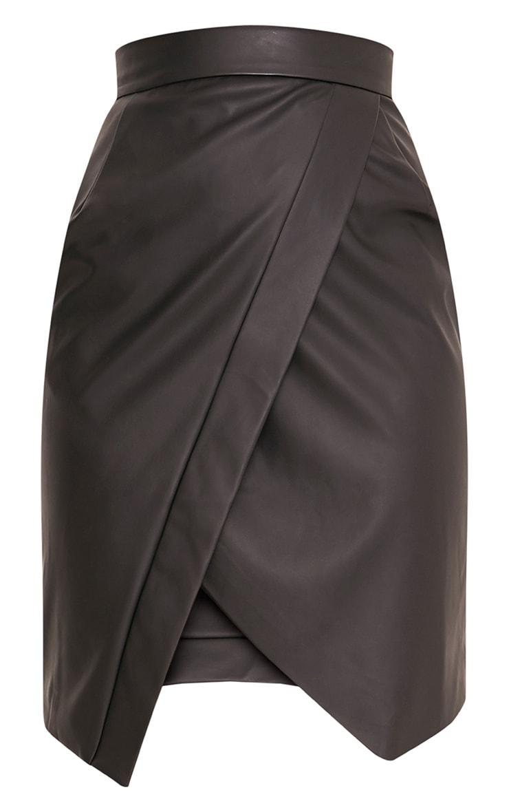 Greer jupe midi portefeuille noire imitation cuir 3