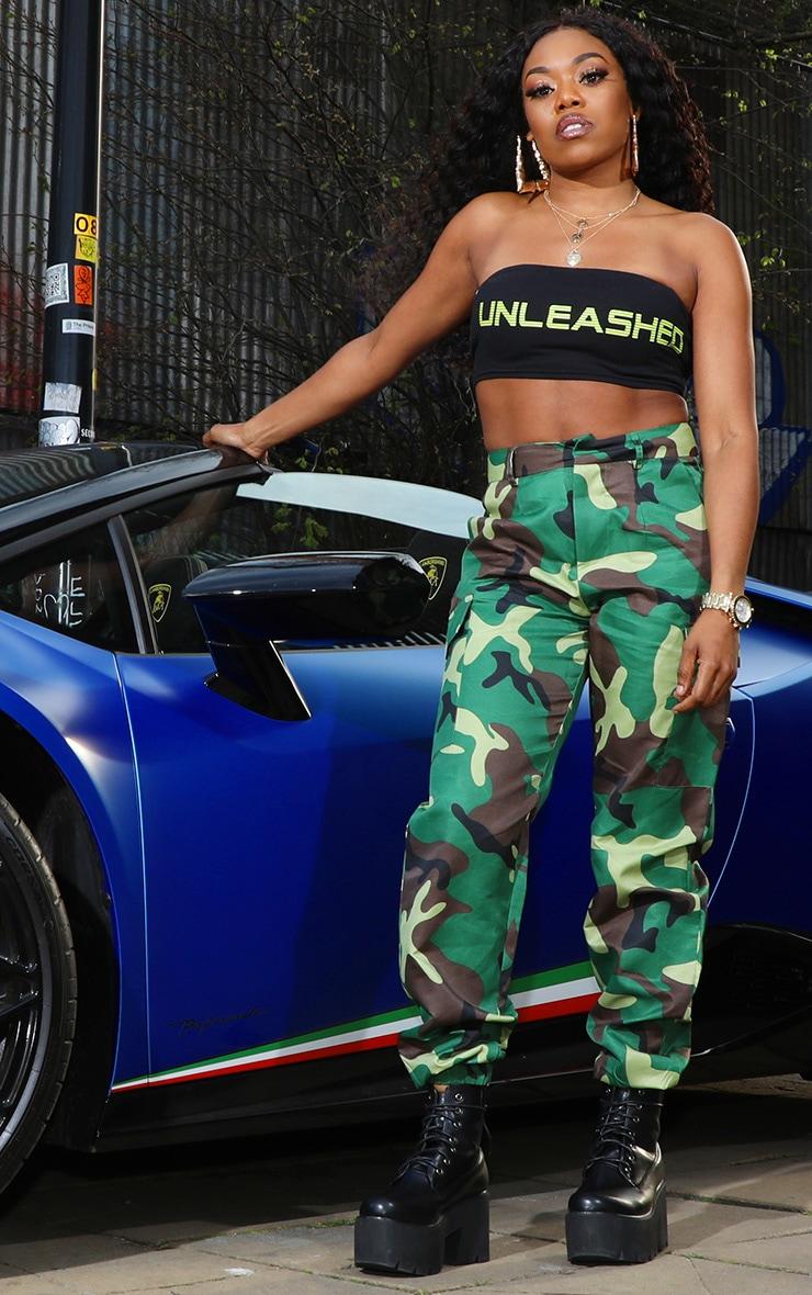 Petite - Pantalon cargo à imprimé camouflage vert  2
