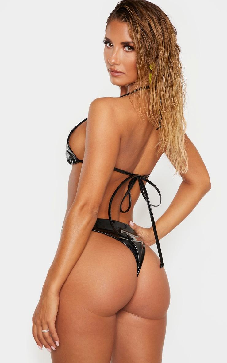 Haut de bikini en vinyle noir 2