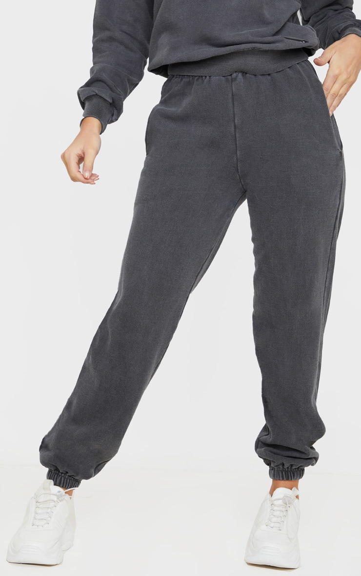 PRETTYLITTLETHING Charcoal Badge Detail Sport Jogger 2