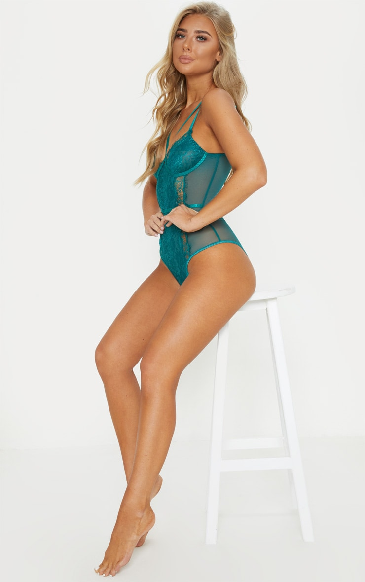 Emerald Cross Front Mixed Lace Body 5