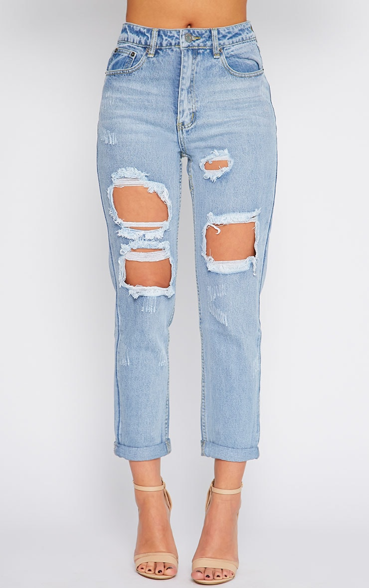 Lisa Light Blue Wash Ripped Mom Jean 4