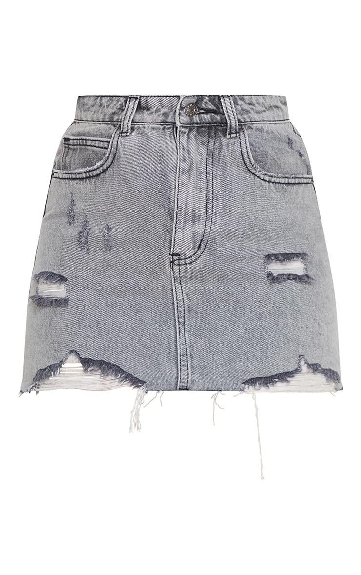Mini-jupe en jean gris délavé à ourlet déchiré 3