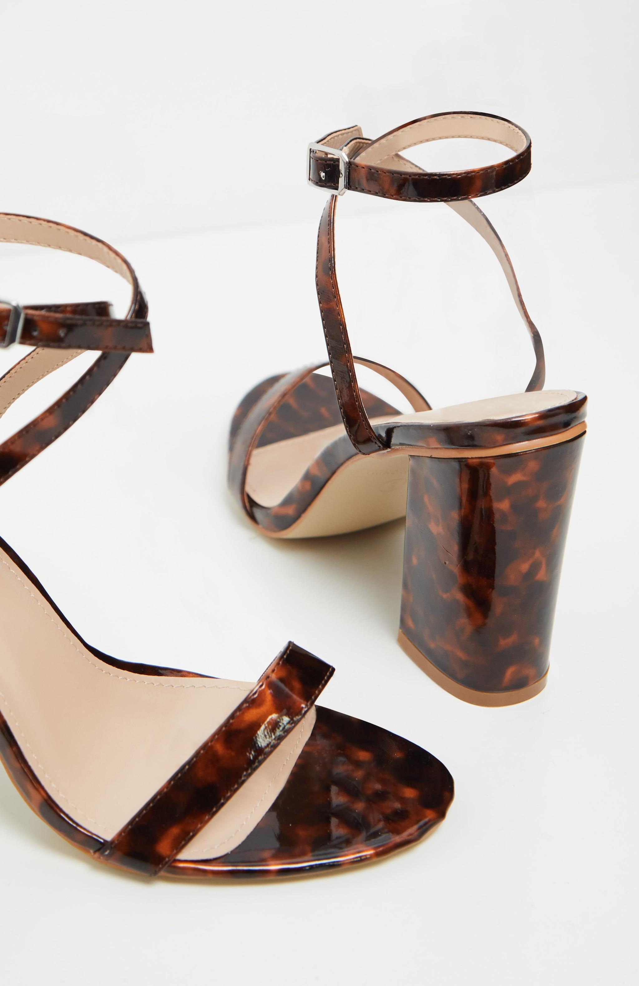 Sandales imprimé écaille de tortue à brides & talons carrés 3