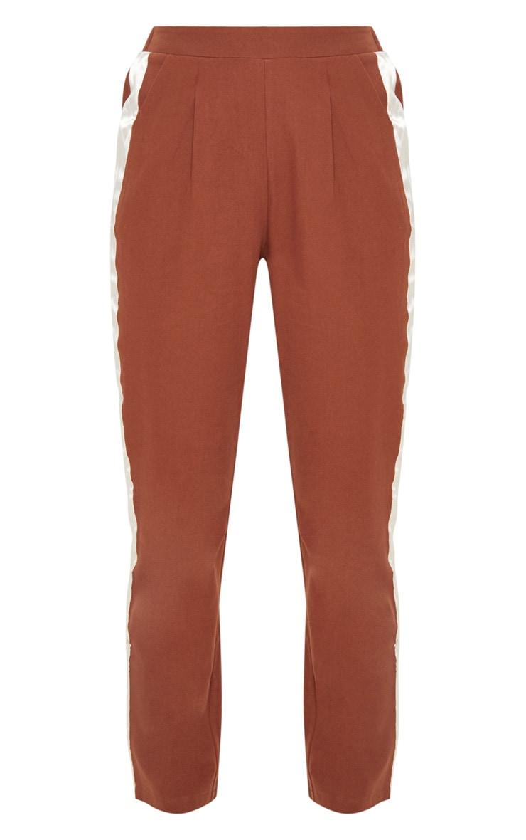 Pantalon ajusté marron chocolat à bande satinée 3