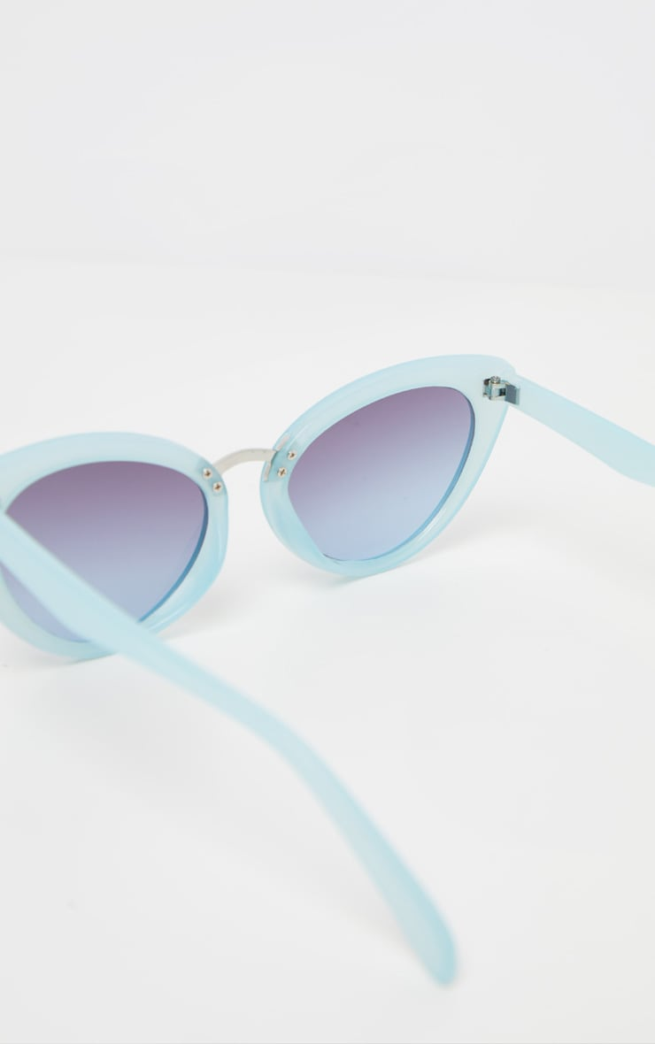 Baby Blue Metal Bridge Sizes Cat Eye Sunglasses 4