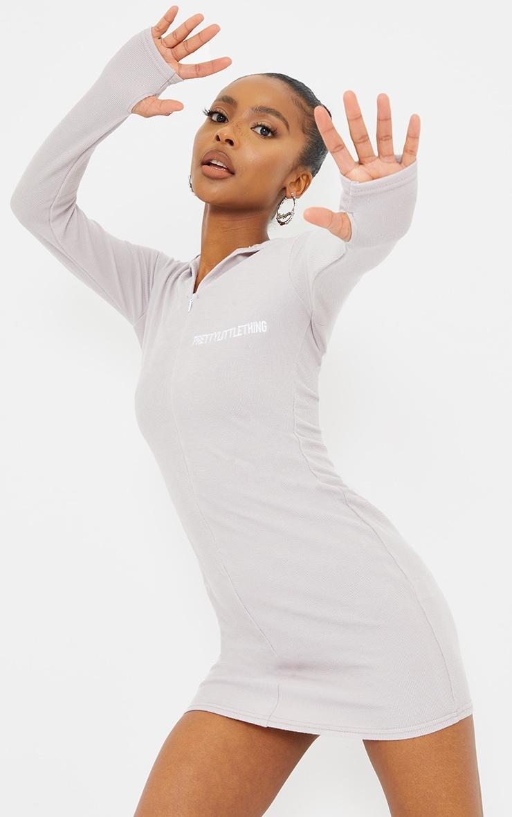 PRETTYLITTLETHING Petite Grey Soft Rib Long Sleeve Zip Bodycon Dress 1