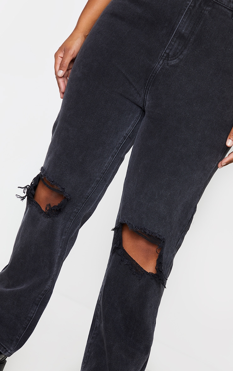 PRETTYLITTLETHING Plus Washed Black Knee Rip Straight Leg Jeans 4