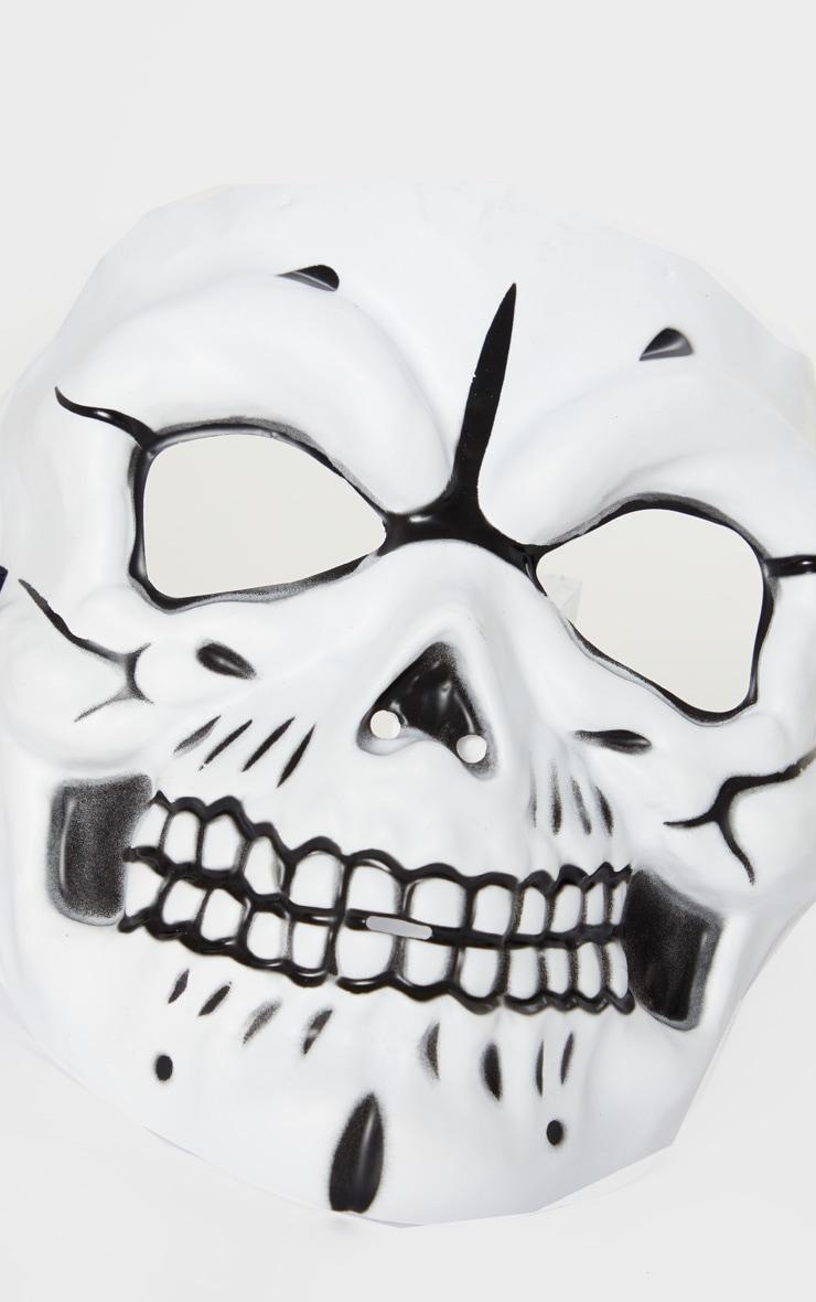 Masque blanc de tête de mort 3