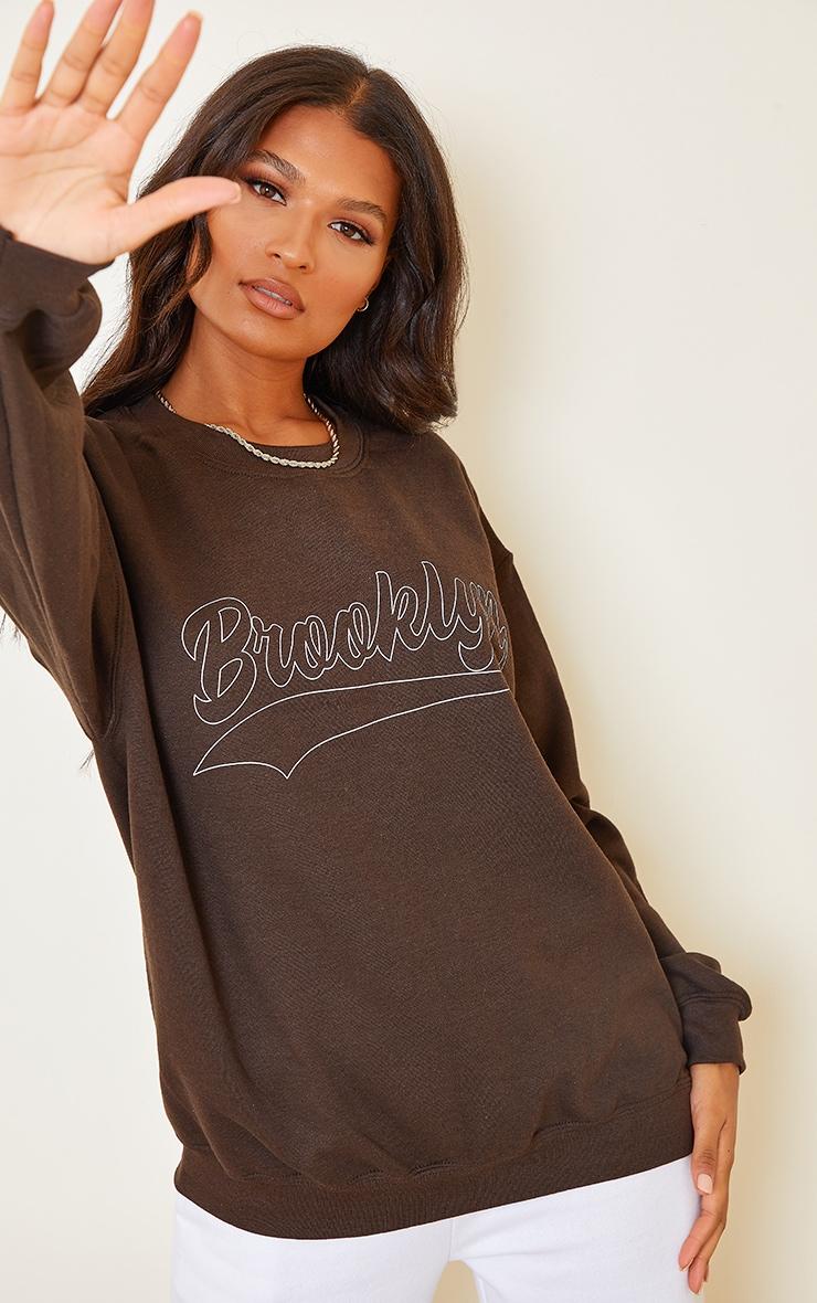 Chocolate Brooklyn Slogan Washed Sweatshirt 4