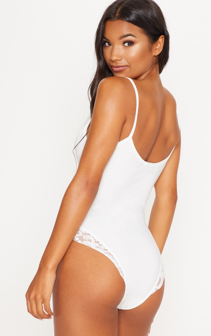 White Basic Soft Lace Trim Body 2