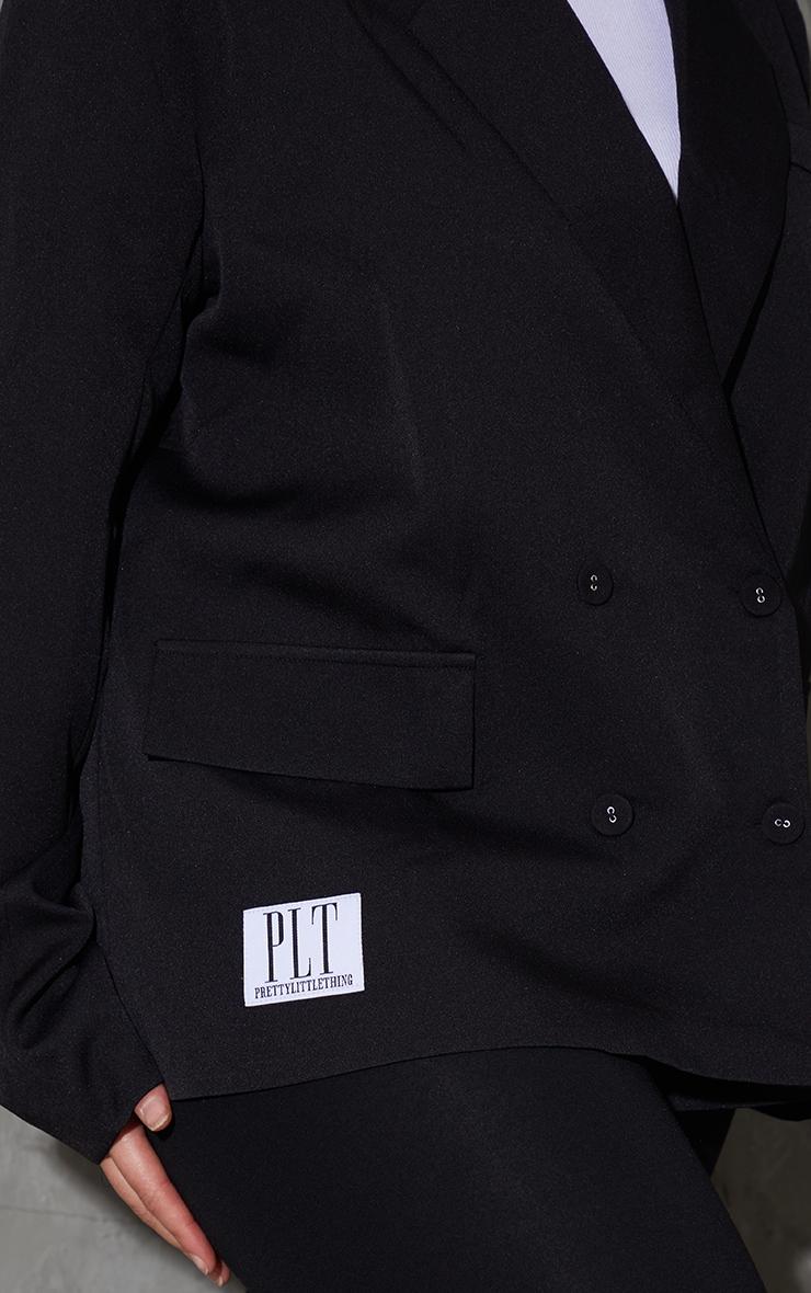 PRETTYLITTLETHING Plus Black Badge Detail Blazer 4