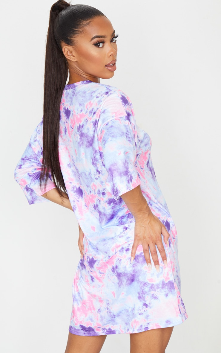 PRETTYLITTLETHING Pink Embroidered Tie Dye Boyfriend T Shirt Dress 2