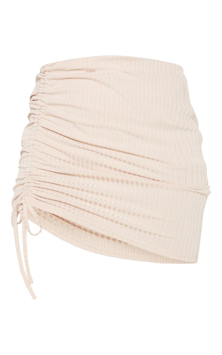 Mini-jupe marron clair à détail froncé 3