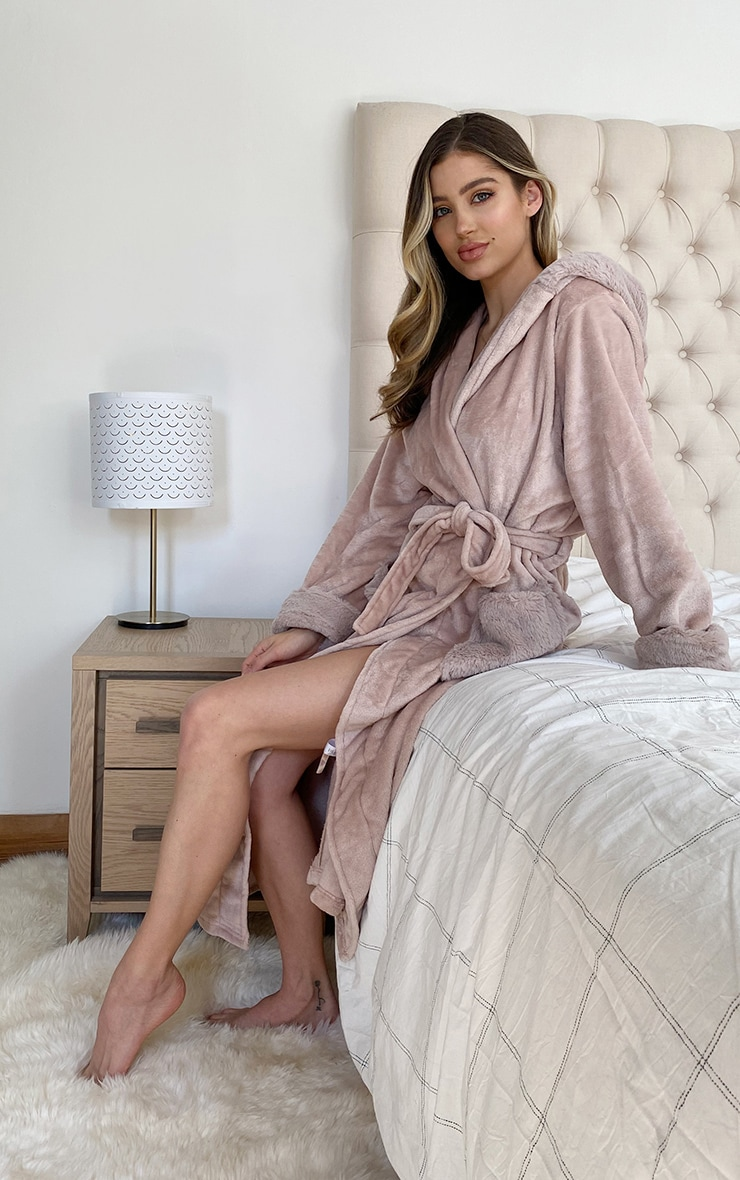 Stone Soft Pocket Dressing Gown 2