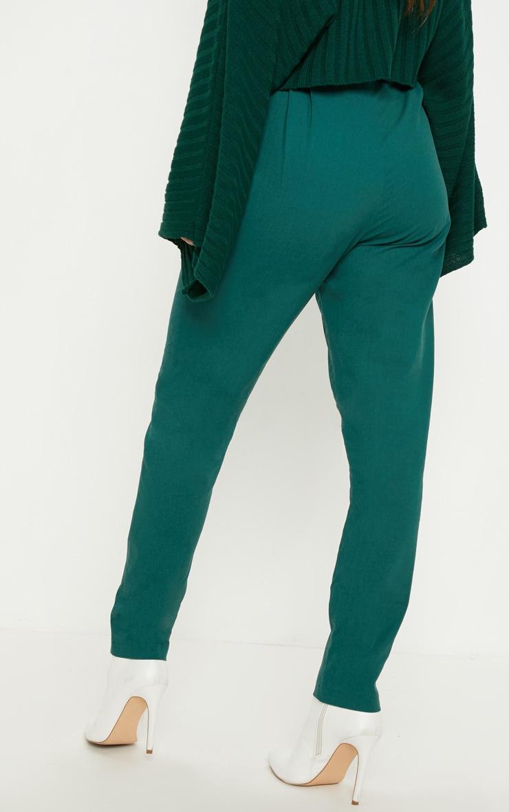 Pantalon cigarette vert émeraude plissé 4