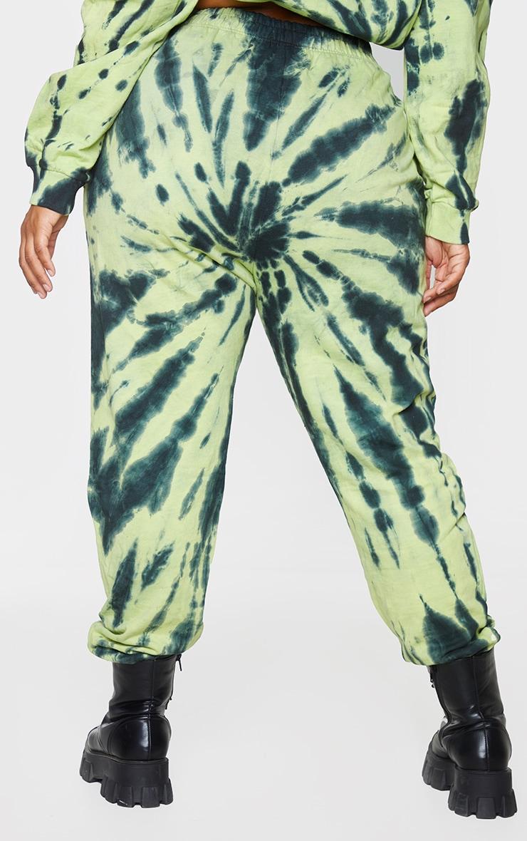 PRETTYLITTLETHING Plus Green Tie Dye Logo Joggers 3