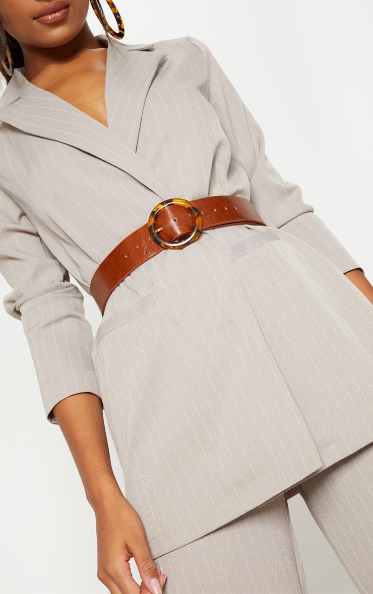 Brown Round Tortoiseshell Buckle Belt 1