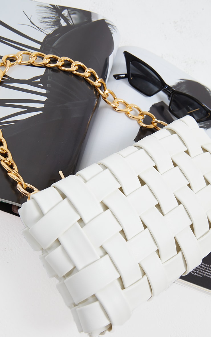 White Oversized Weave With Gold Chain Shoulder Bag 4
