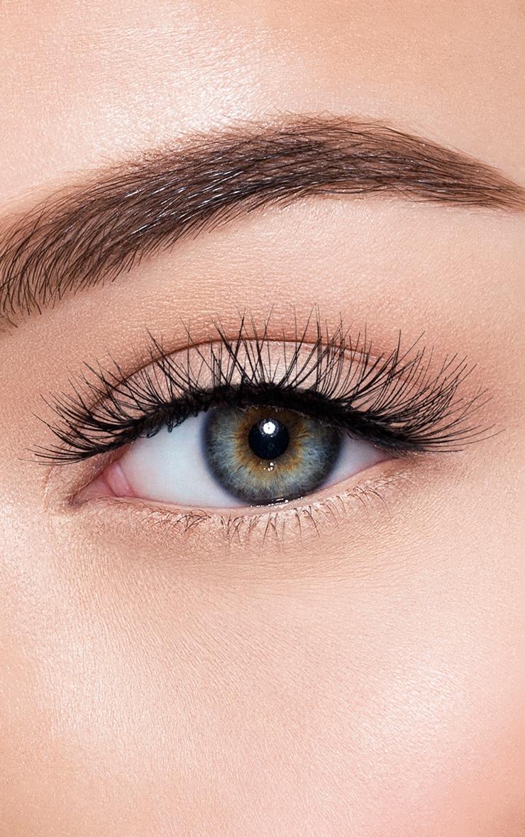 Morphe Basic Eyelash Calabasas 1