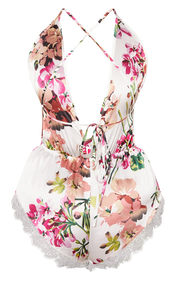 Plus White Floral Tie Detail Teddy 3