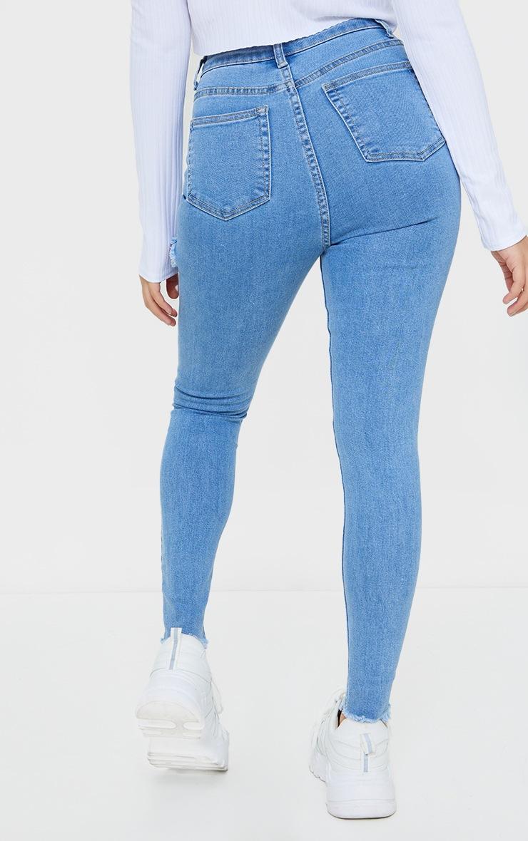 PRETTYLITTLETHING Petite Blue Thigh Rip Raw Hem 5 Pocket Jeans 3