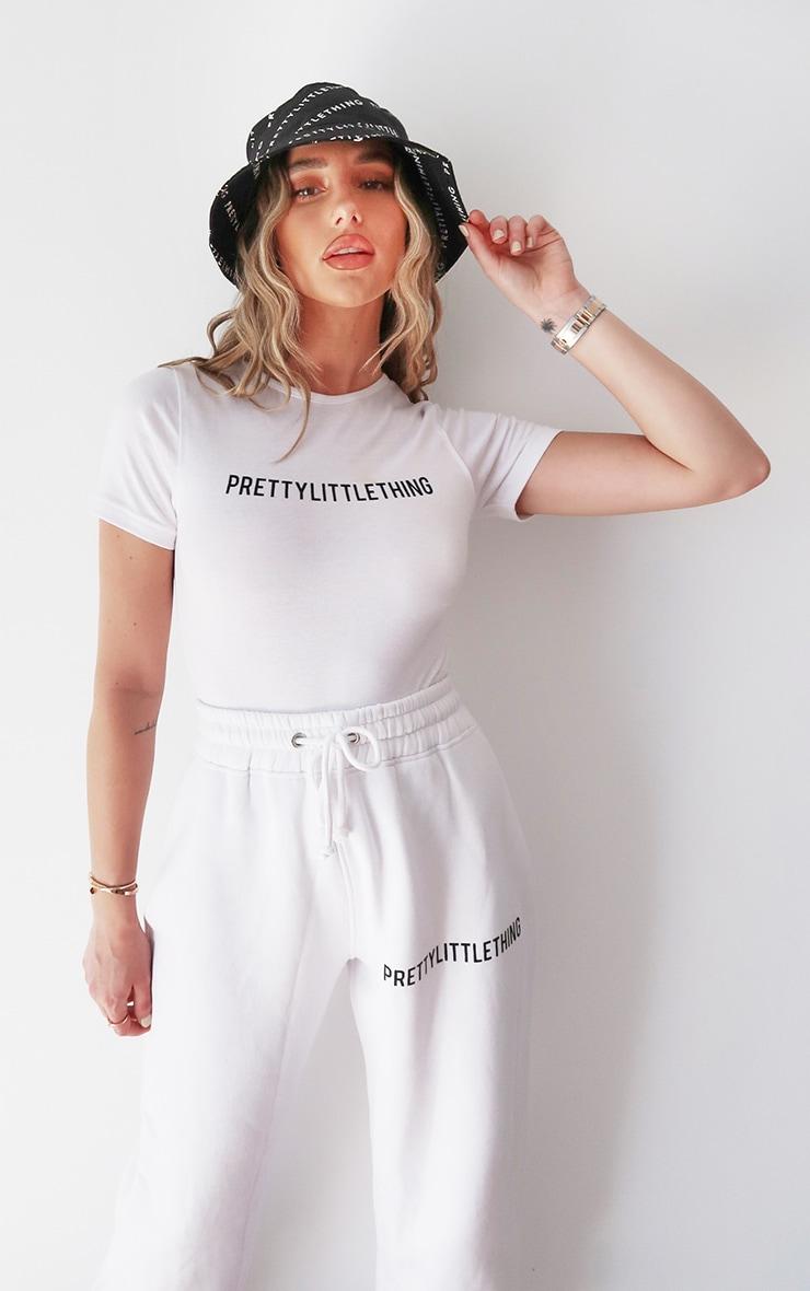 PRETTYLITTLETHING White Short Sleeve Bodysuit 1