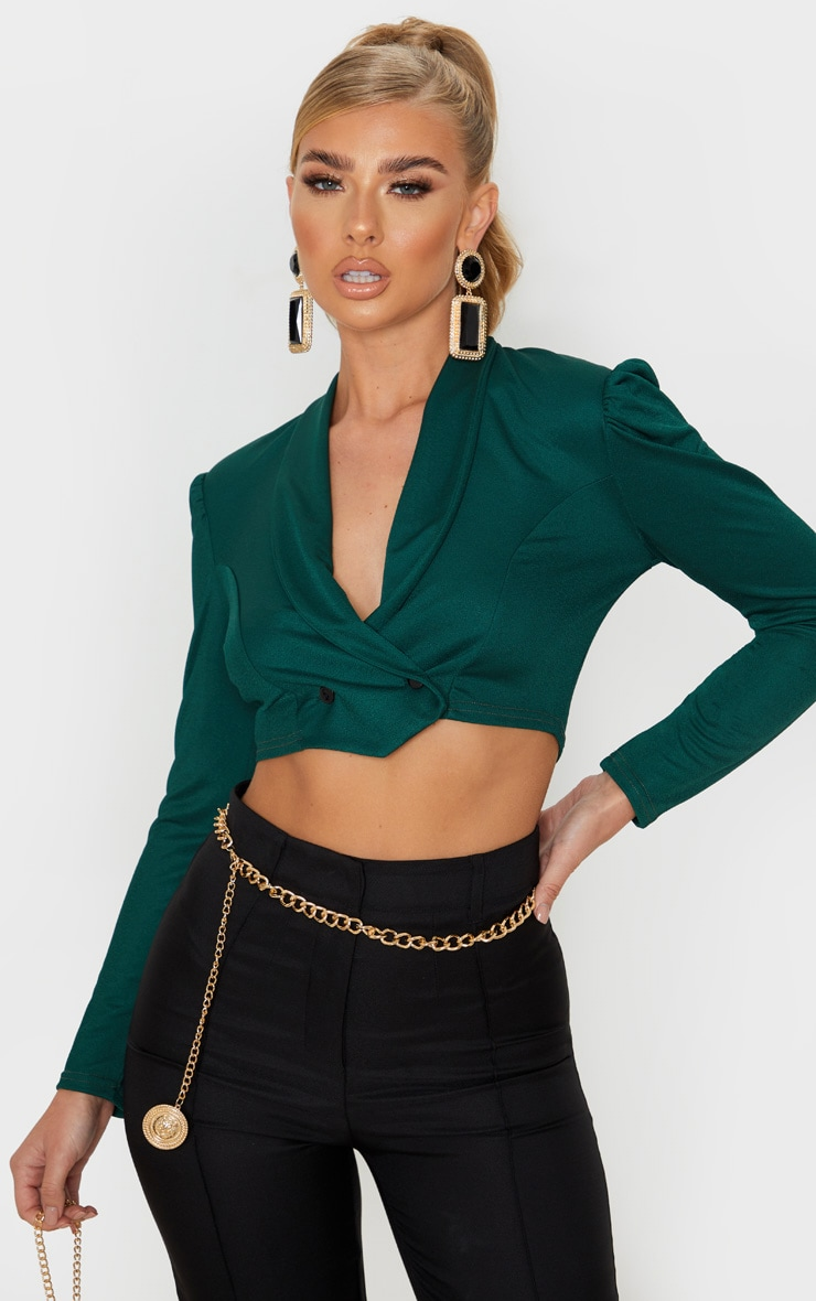 emerald-green-crepe-pointed-hem-cropped-shirt- by prettylittlething