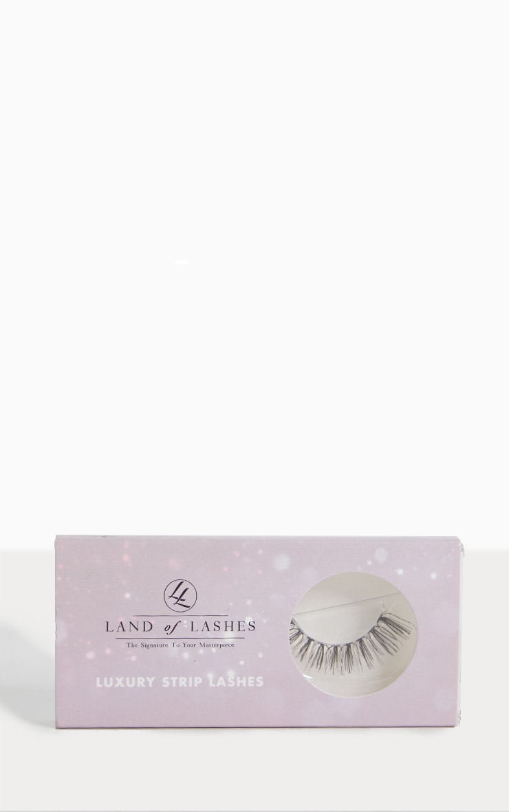 Land of Lashes LUXURY STRIP LASH LW02 3