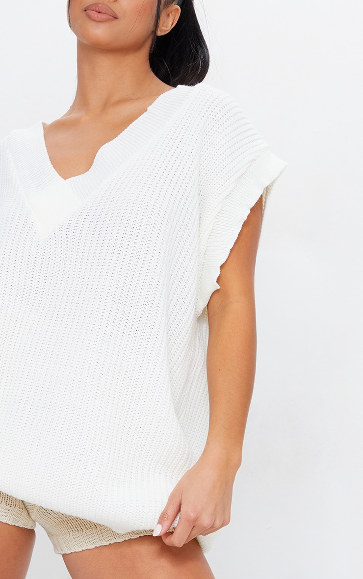 Petite Cream V Neck Sleeveless Sweater 4