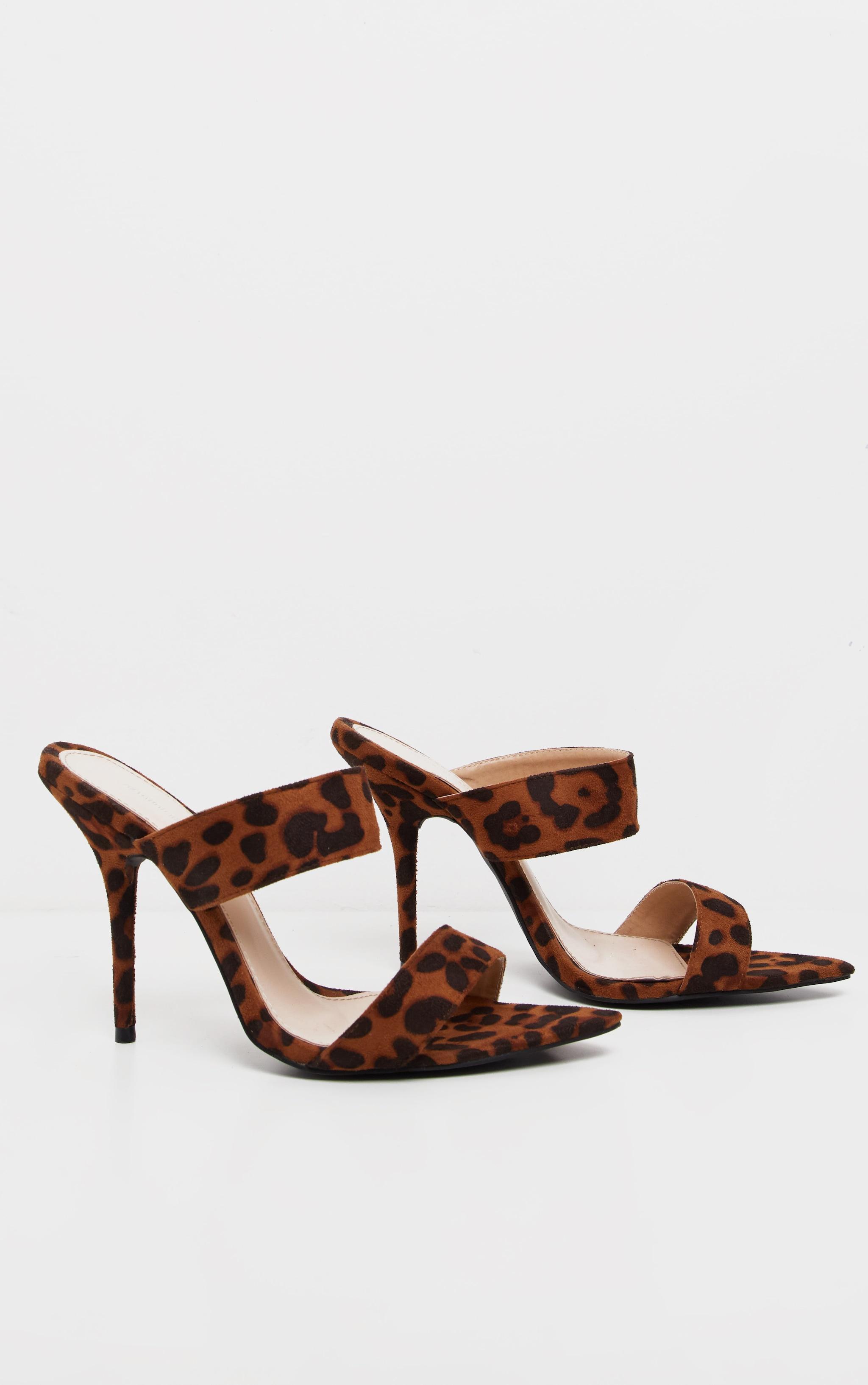Mules léopard pointues à deux brides pointure large  3