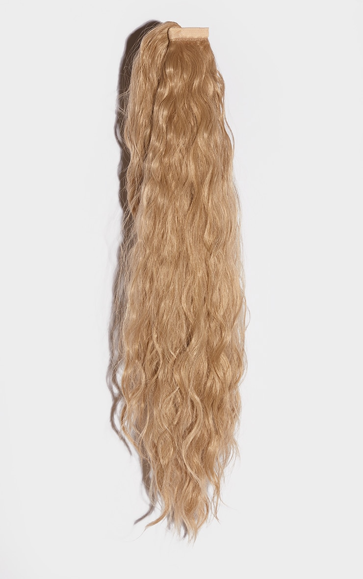 LullaBellz Grande Lengths 26 Textured Wave Wraparound Pony California Blonde 5