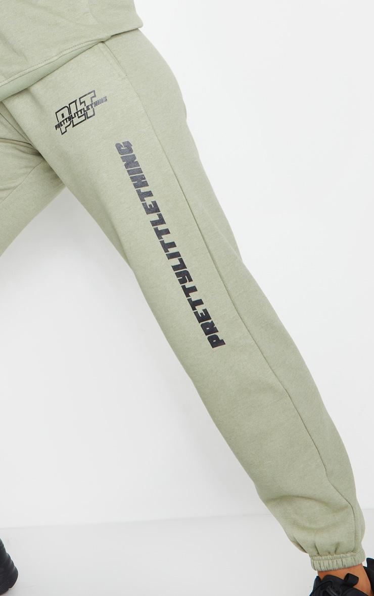PRETTYLITTLETHING - Jogging vert sauge à logo et slogan 4
