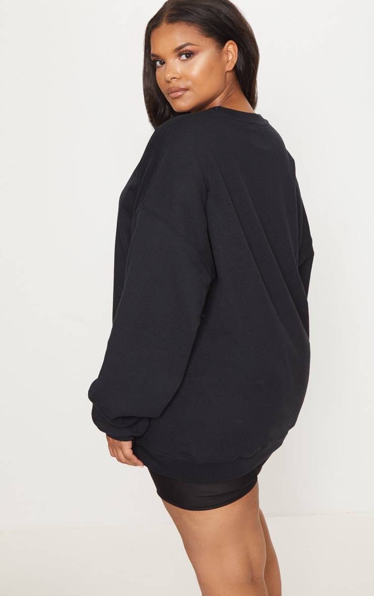 PRETTYLITTLETHING Plus Black Oversized Sweatshirt 2