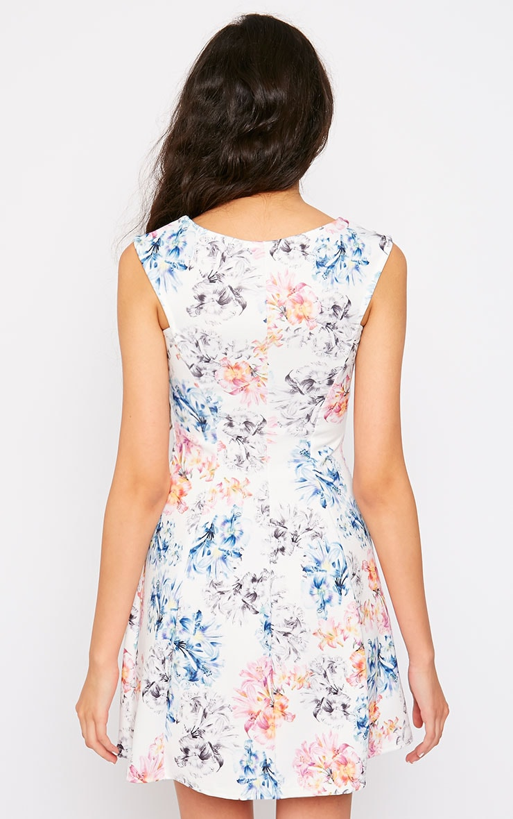Scarlett Cream Floral Skater Dress 2
