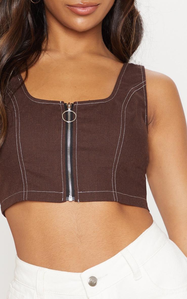 Crop top marron chocolat à zip et coutures contrastantes 5