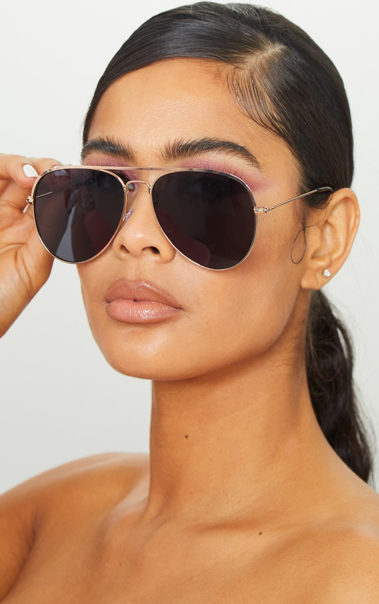 Gold Metal Tinted Lense Aviator Sunglasses 1