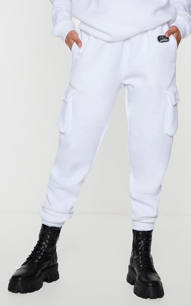 PRETTYLITTLETHING White New Season Badge Joggers 2