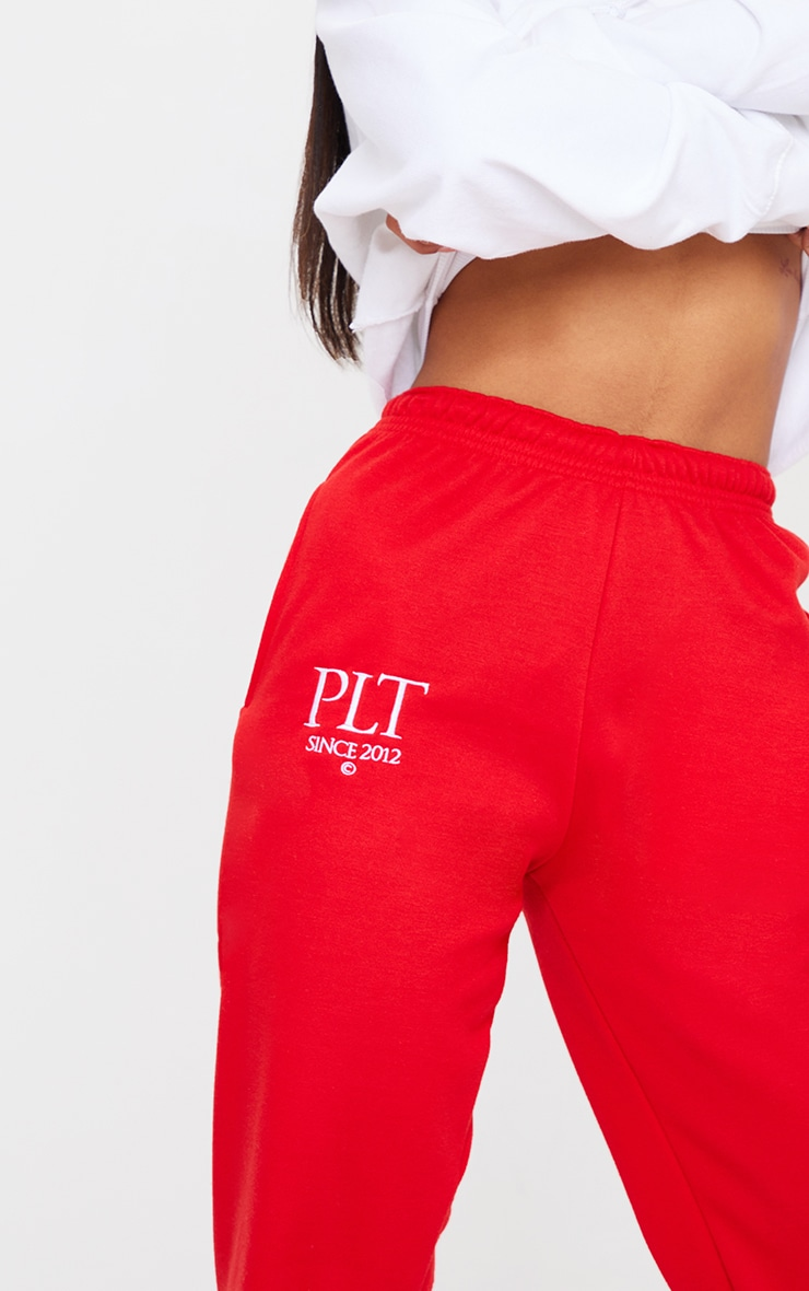 PRETTYLITTLETHING Red Established Slogan Casual Joggers 4