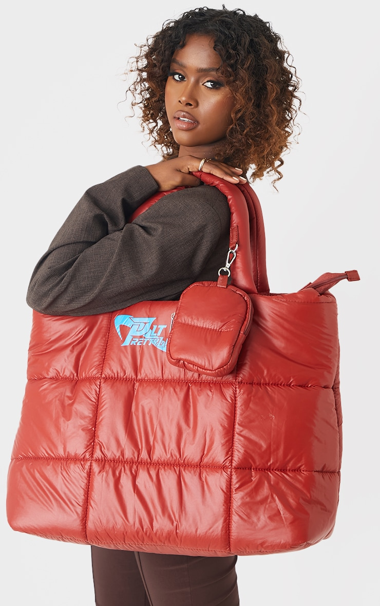 PRETTYLITTLETHING Red Swirl Logo Quilted Oversized Tote Bag 2